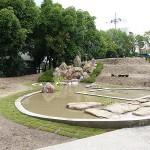 ひょうたん池の中の四角の内部は田んぼになっております。